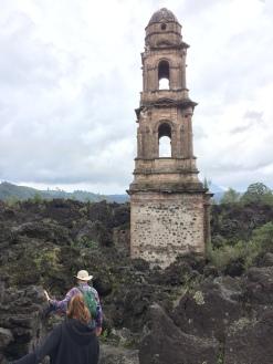Entrando hacia las ruinas