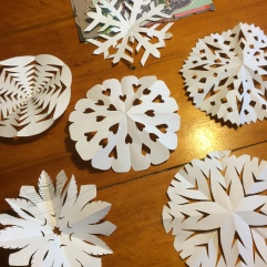 3. Kirigami de papel de re-uso