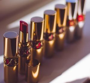 lipstick-lipstick-tubes-makeup-90297