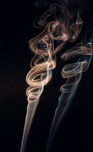 abstract-art-burn-604672 foto de pexels por Rafael Guajardo